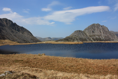 Looking towards Tryfan from Llyn Caseg-fraith